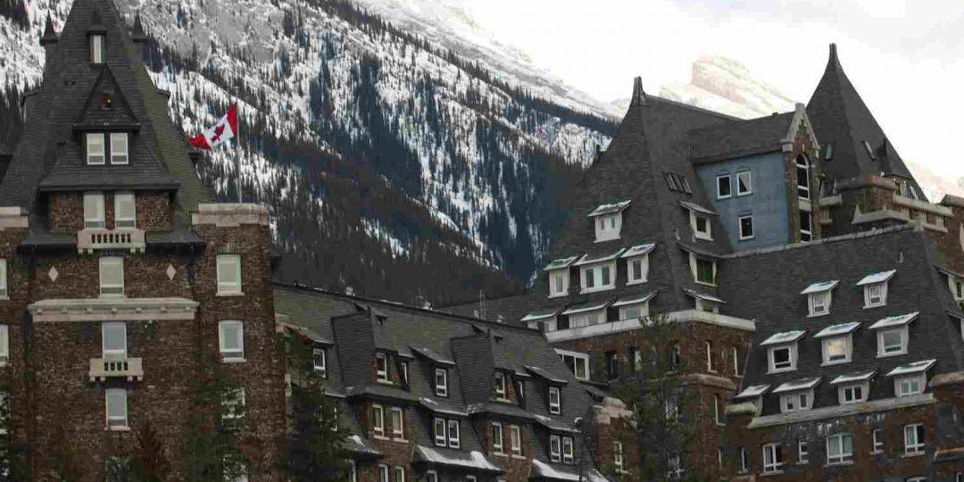 http://winter1.hotel-sites.bookoncloud.com/wp-content/uploads/sites/75/2016/02/exterior_01-1080x540.jpg