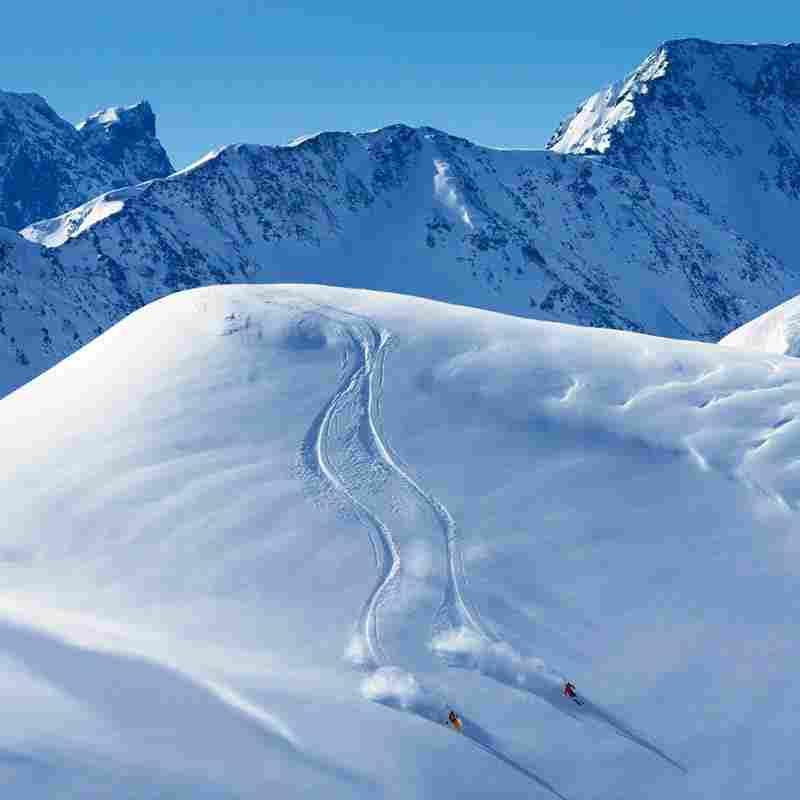 http://winter1.hotel-sites.bookoncloud.com/wp-content/uploads/sites/75/2016/02/overview-winter-4.jpg