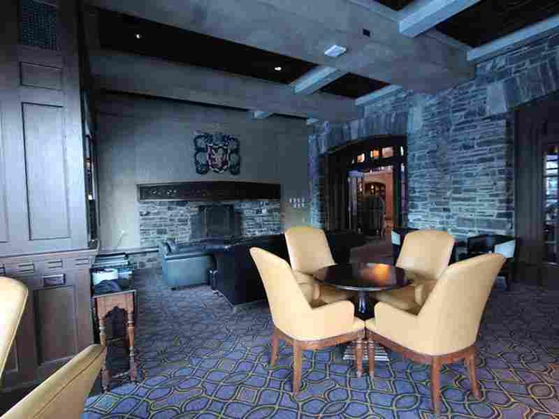 http://winter1.hotel-sites.bookoncloud.com/wp-content/uploads/sites/75/2016/02/winter-room-1.jpg